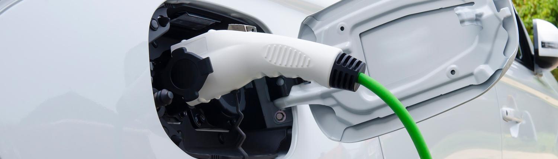 ubia-amenagement-parking-vehicules-electriques-installation-bornes
