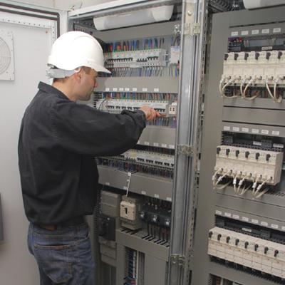 installateur-bornes-recharge-electrique